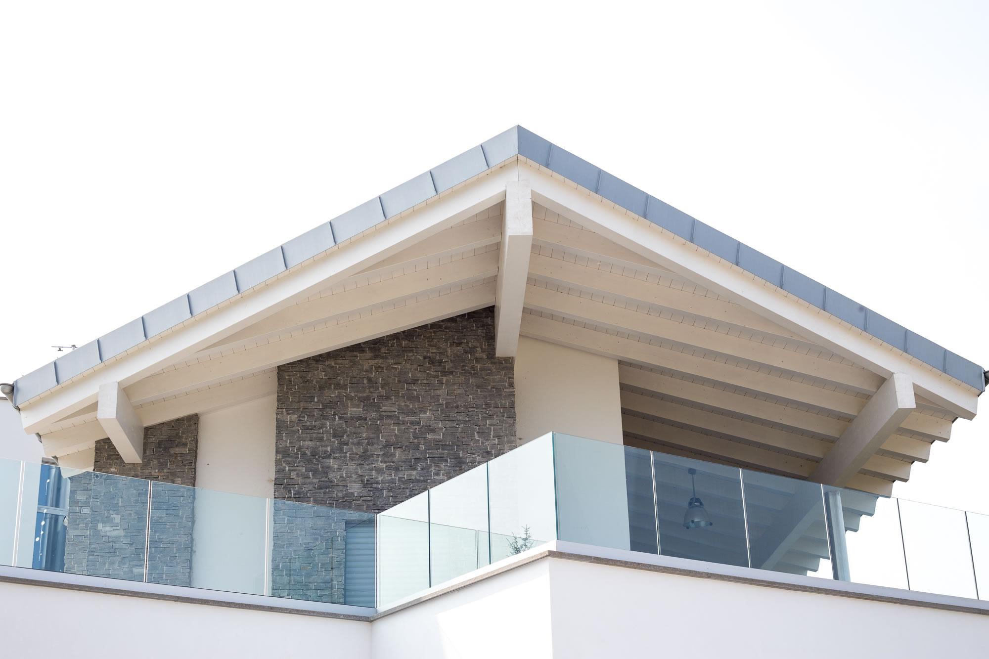 Copertura In Legno Bianco : Abitazione privata travatura in legno lamellare di abete sbiancato
